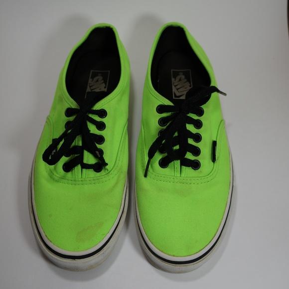 076812c9f3 Neon green black vans lace up sneakers 8. M 5a672db3daa8f6395580142b